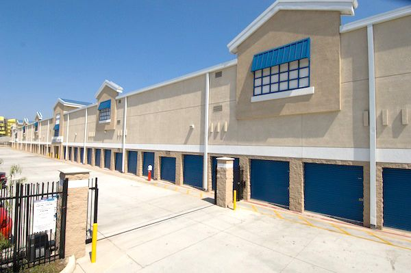Price Self Storage National Boulevard 10151 National Blvd Los Angeles, CA - Photo 4