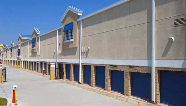 Price Self Storage National Boulevard 10151 National Blvd Los Angeles, CA - Photo 11