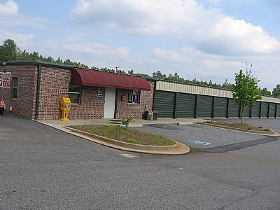 Lock 'N' Key Storage 220 W HWY 34 NEWNAN, GA - Photo 0