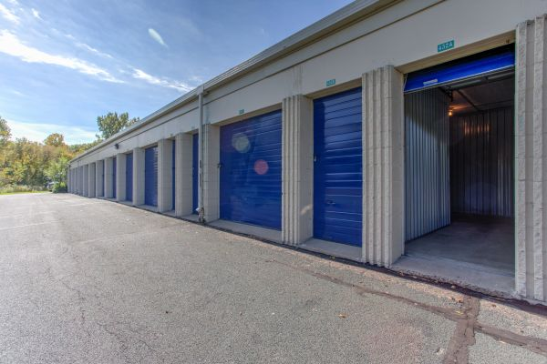 Beau ... Simply Self Storage   New Brighton, MN   5th St NW251 5th St NW ...