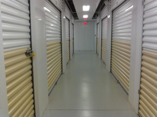 RightSpace Storage - San Antonio 3567 Fredericksburg Rd San Antonio, TX - Photo 5