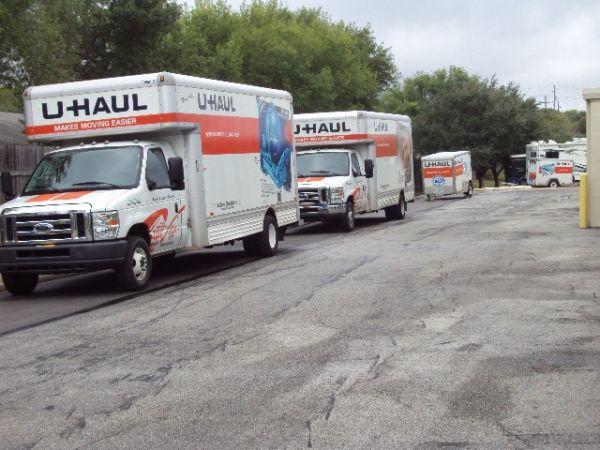 RightSpace Storage - Converse 8150 Kitty Hawk Road Converse, TX - Photo 3