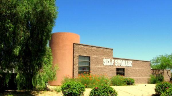 StorQuest - Glendale/Union Hills 6310 W Union Hills Dr Glendale, AZ - Photo 2