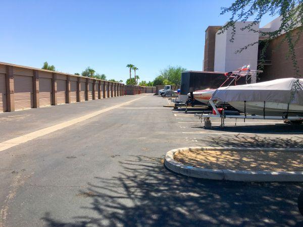 StorQuest - Glendale/Union Hills 6310 W Union Hills Dr Glendale, AZ - Photo 7