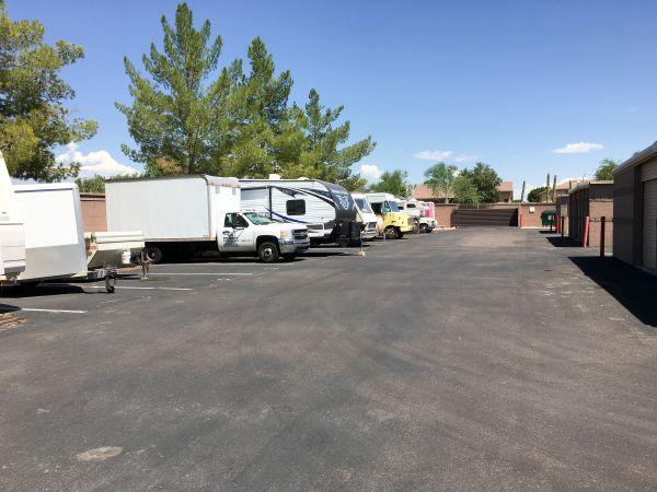 StorQuest - Glendale/Union Hills 6310 W Union Hills Dr Glendale, AZ - Photo 8