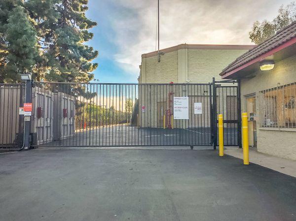 StorQuest - West Los Angeles/Sawtelle 2531 Sawtelle Blvd Los Angeles, CA - Photo 3