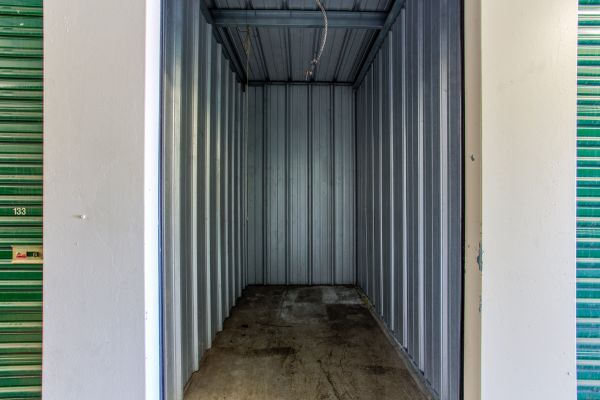 Simply Self Storage - Columbus, OH - Cooke Rd 810 E Cooke Rd Columbus, OH - Photo 4