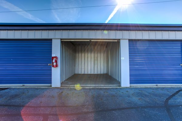 Simply Self Storage - 810 E Cooke Road - Columbus 810 E Cooke Rd Columbus, OH - Photo 7