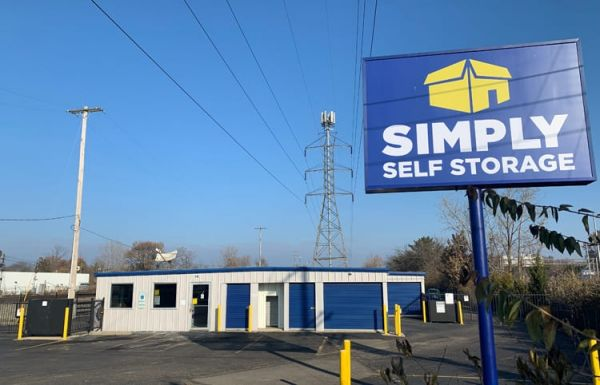 Simply Self Storage - 810 E Cooke Road - Columbus 810 E Cooke Rd Columbus, OH - Photo 1
