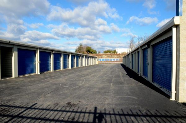 Secure Self Storage Long Neck Lowest Rates