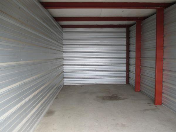 Bison Storage Co. - North 4119 14th Ave N Fargo, ND - Photo 4