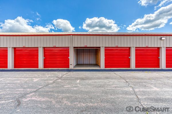 CubeSmart Self Storage - Rockford - 7511 Vandiver Rd 7511 Vandiver Rd Rockford, IL - Photo 2