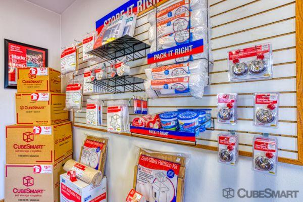 CubeSmart Self Storage - Rockford - 7511 Vandiver Rd 7511 Vandiver Rd Rockford, IL - Photo 6