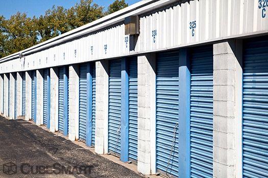CubeSmart Self Storage - East Peoria 1591 N Main St East Peoria, IL - Photo 5