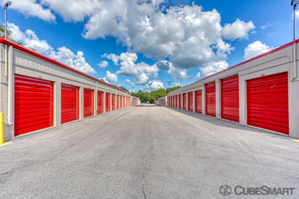 CubeSmart Self Storage - Rockford - 6210 Forest Hills Road 6210 Forest Hills Road Loves Park, IL - Photo 2