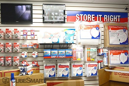 CubeSmart Self Storage - Rockford - 3015 N Main St 3015 N Main St Rockford, IL - Photo 4