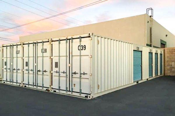 Storage Outlet - Huntington Beach 8620 Hamilton Avenue Huntington Beach, CA - Photo 4