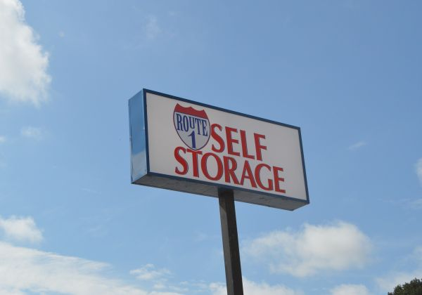 Route 1 Self Storage - White Marsh 8115 Perry Hills Rd Baltimore, MD - Photo 4