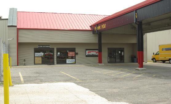 Payless Climate and RV Storage 1765 O'Neal Ln Baton Rouge, LA - Photo 1