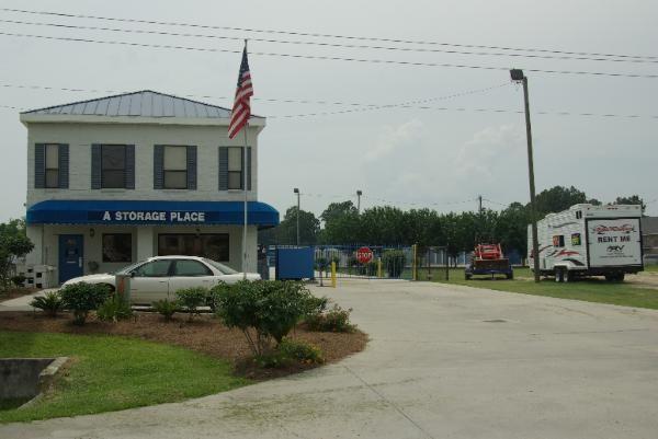 A Storage Place - Baton Rouge 1744 O'neal Lane Baton Rouge, LA - Photo 0