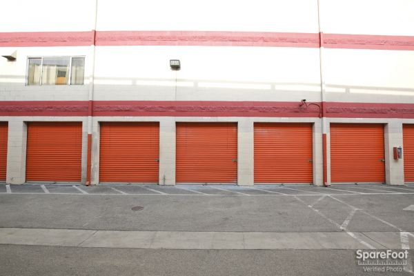 Fort Self Storage 1651 S Central Ave Los Angeles, CA - Photo 8