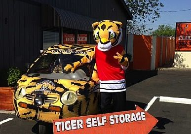 Incroyable ... Tiger Self Storage   North Highlands   2718 Q Street 2718 Q Street North  Highlands, ...