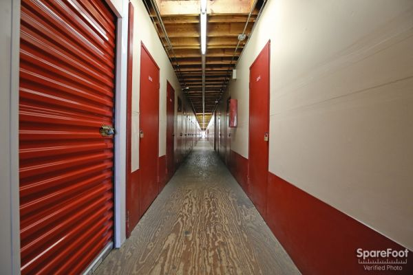BA Self Storage 620 N Heliotrope Drive Los Angeles, CA - Photo 14