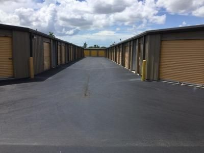 Life Storage - Fort Myers - Cleveland Avenue 3111 Cleveland Ave Fort Myers, FL - Photo 1