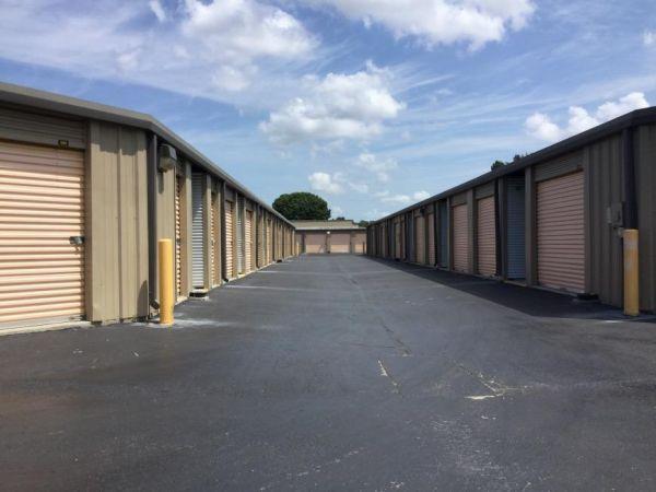 Life Storage - Fort Myers - Cleveland Avenue 3111 Cleveland Ave Fort Myers, FL - Photo 2