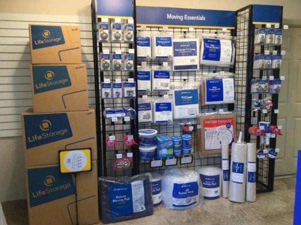 Life Storage - Fort Myers - Cleveland Avenue 3111 Cleveland Ave Fort Myers, FL - Photo 5