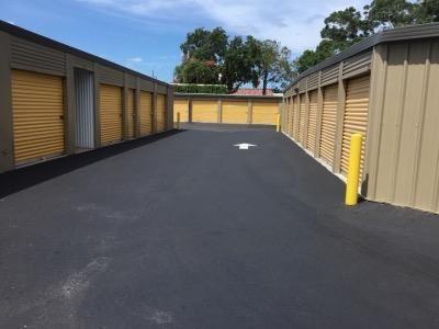 Life Storage - Clearwater - Drew Street 2180 Drew St Clearwater, FL - Photo 4