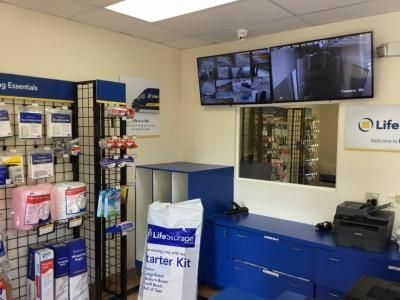 Life Storage - Clearwater - North Myrtle Avenue 111 North Myrtle Avenue Clearwater, FL - Photo 6