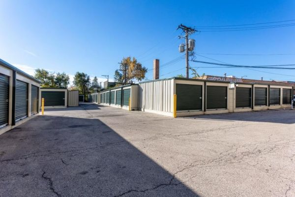 Life Storage - Chicago - North Western Avenue  345 North Western Avenue Chicago, IL - Photo 6