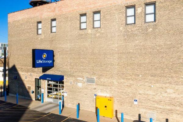 Life Storage - Chicago - North Broadway Avenue 3626 North Broadway Avenue Chicago, IL - Photo 1