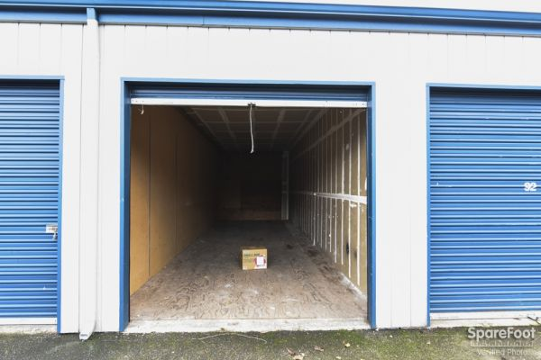 Sunset Mini Storage 16501 NW Twin Oaks Dr Beaverton, OR - Photo 5