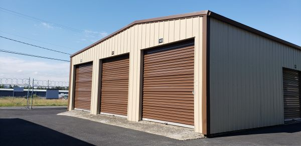 Anderson DRIVE-UP Storage 1720 East 4th Street Vancouver, WA - Photo 4