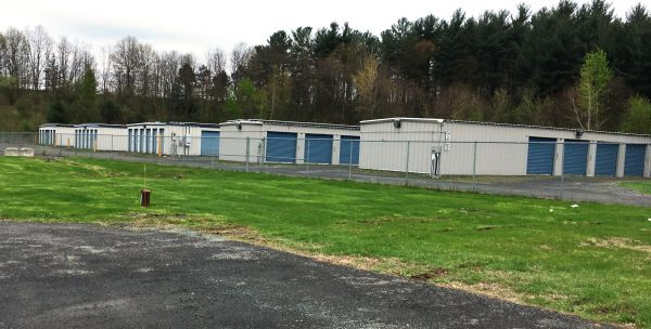 Reliable Storage - 950 Rte 9 950 Route 9 South Castleton-on-hudson, NY - Photo 3