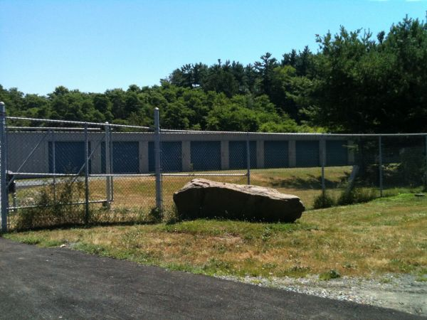 Reliable Storage - 950 Rte 9 950 Route 9 South Castleton-on-hudson, NY - Photo 4