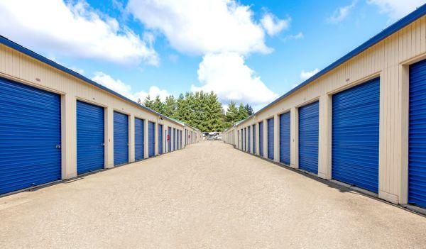 Eagle Self Storage - Woodinville, WA 6432 233rd Pl SE Woodinville, WA - Photo 3