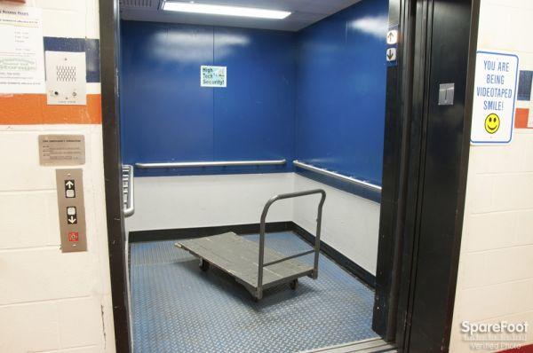 Greenwood Heated Storage 10115 Greenwood Ave N Seattle, WA - Photo 5