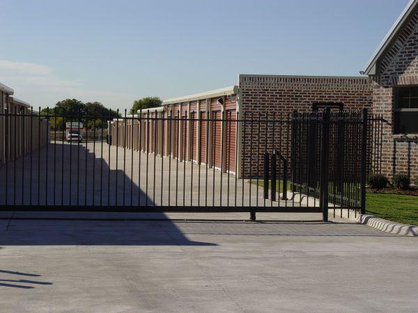 121 Storage 1300 Sam Rayburn Highway Melissa, TX - Photo 2