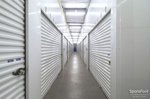 Acorn Mini Storage IV - Lowry 2547 5th Street Northeast Minneapolis, MN - Photo 16