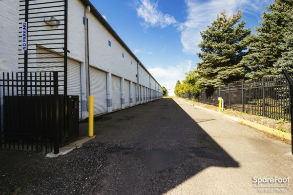 Acorn Mini Storage III- Eagan 2935 Lexington Avenue South Eagan, MN - Photo 3