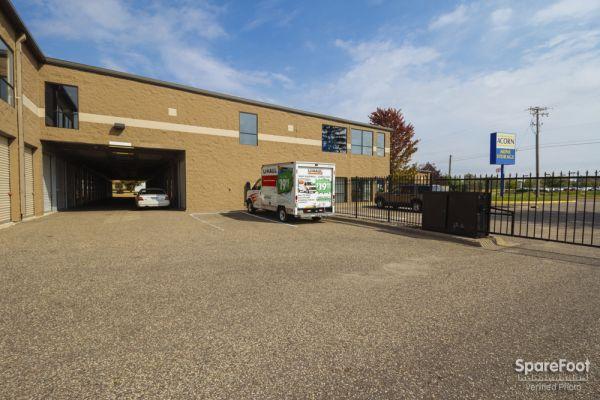 Acorn Mini Storage V - Maplewood 2457 Maplewood Drive Saint Paul, MN - Photo 2