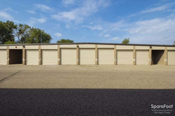 Acorn Mini Storage V - Maplewood 2457 Maplewood Drive Saint Paul, MN - Photo 6