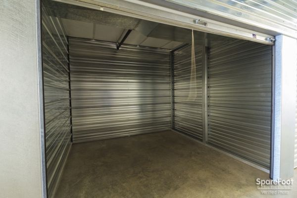 Acorn Mini Storage V - Maplewood 2457 Maplewood Drive Saint Paul, MN - Photo 11