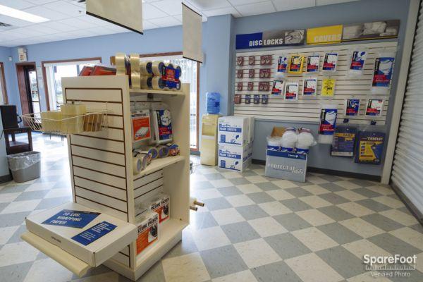 Acorn Mini Storage V - Maplewood 2457 Maplewood Drive Saint Paul, MN - Photo 13
