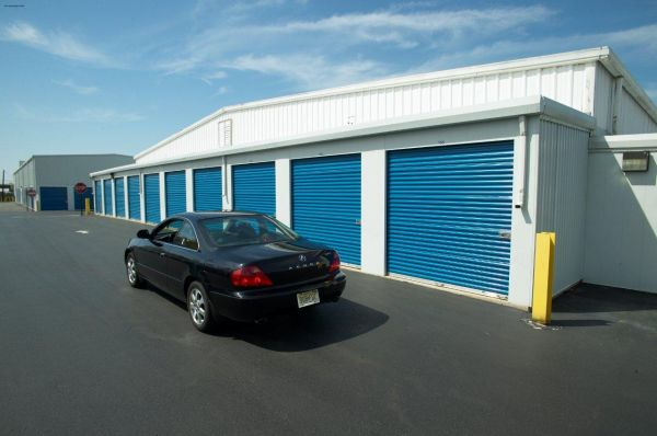 Award Self Storage 301 S Burnt Mill Rd Voorhees Township, NJ - Photo 3