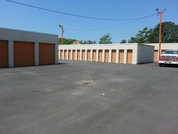 Island Park Self Storage 711 Railroad Place Island Park, NY - Photo 2