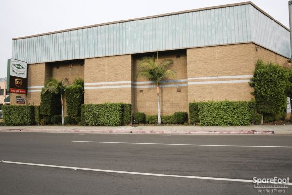 Handy Self Storage 1500 Washington Boulevard Montebello, CA - Photo 10